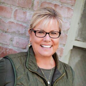 Sue Cook headshot